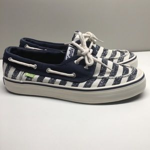 Keds boat shoes size 6